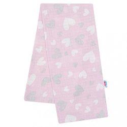 Pamut pelenka nyomtatott mintával New Baby rózsaszín szívecskék