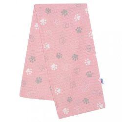 Pamut pelenka nyomtatott mintával New Baby rózsaszín mancsok