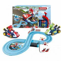 Autópálya Carrera FIRST Nintendo Mario Kart™- Mario and Yoshi 2,4 m
